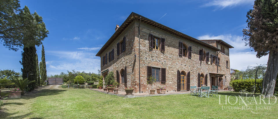 Luxury villa with swimming pool in Montespertoli Image 17