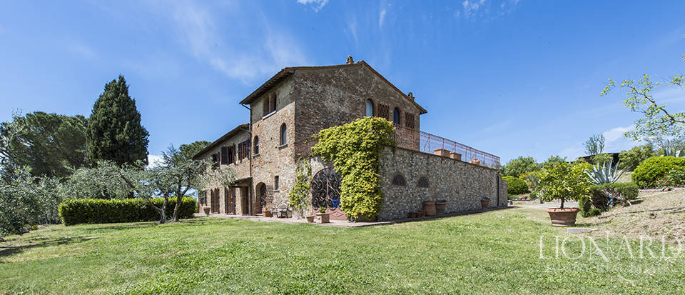 Luxury villa with swimming pool in Montespertoli Image 15