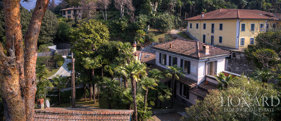 Villa in front of Lake Como for sale Image 3