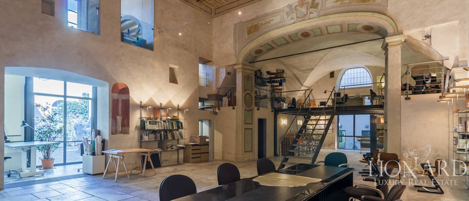 Magnifico loft in vendita a firenze lionard for Loft new york affitto