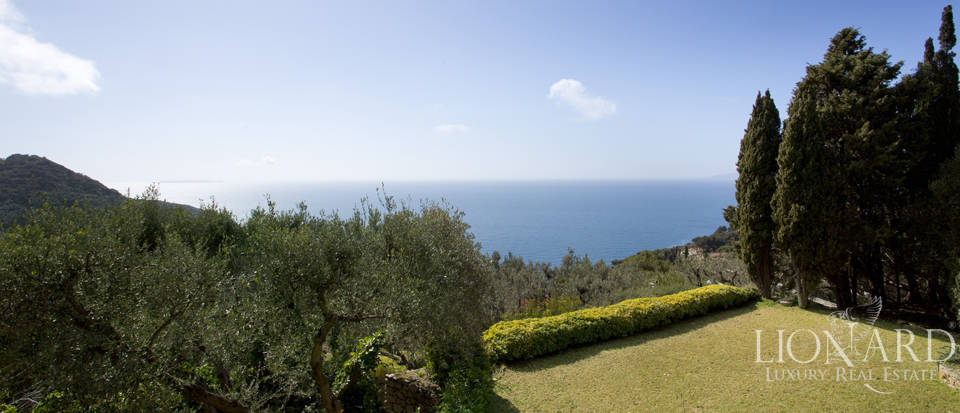 Stunning villa for sale on Mount Argentario Image 12