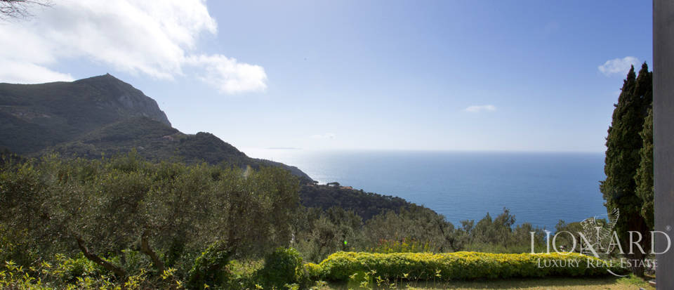 Stunning villa for sale on Mount Argentario Image 13