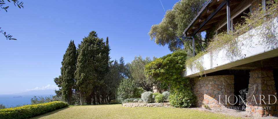 Stunning villa for sale on Mount Argentario Image 5