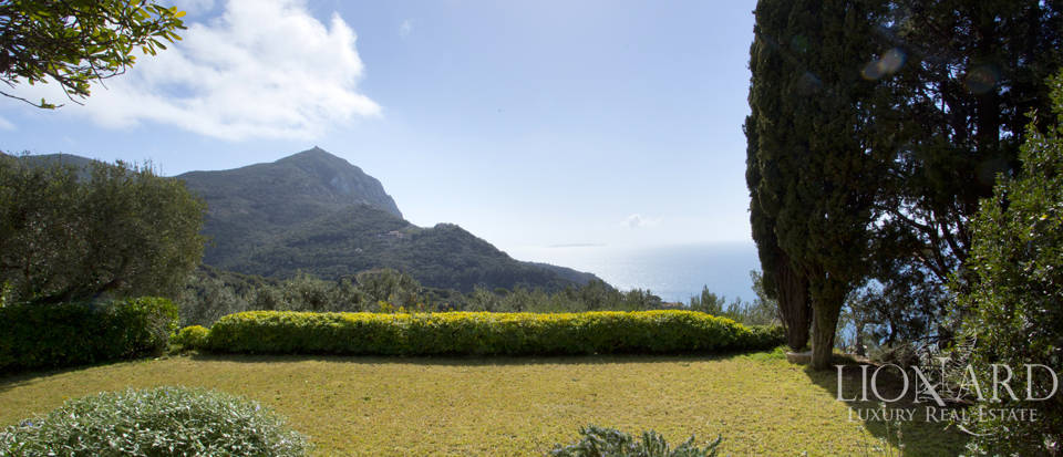 Stunning villa for sale on Mount Argentario Image 8