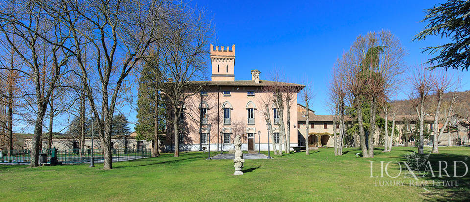 Historical estate for sale in Alessandria Image 1