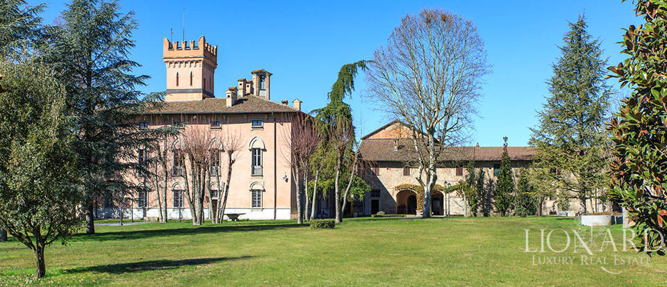 Historical estate for sale in Alessandria Image 3