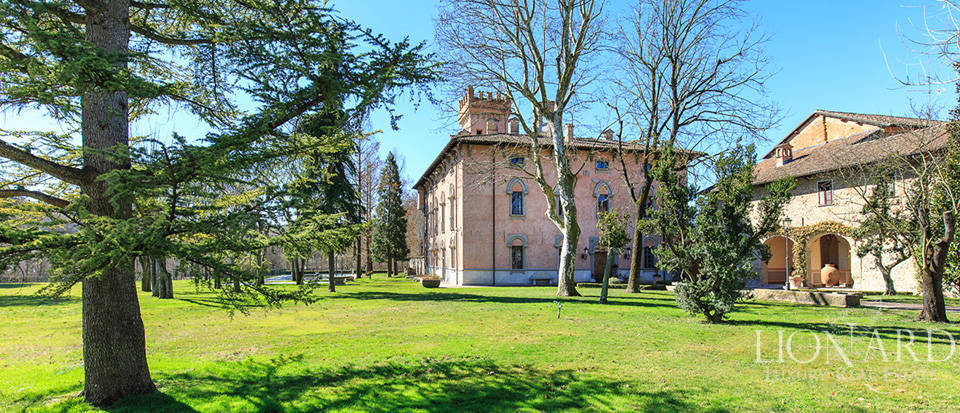 Historical estate for sale in Alessandria Image 9