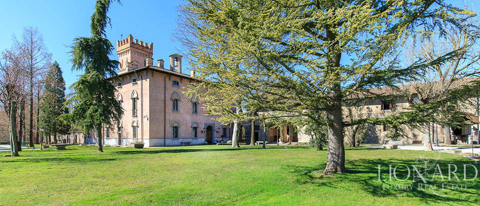 Historical estate for sale in Alessandria Image 10