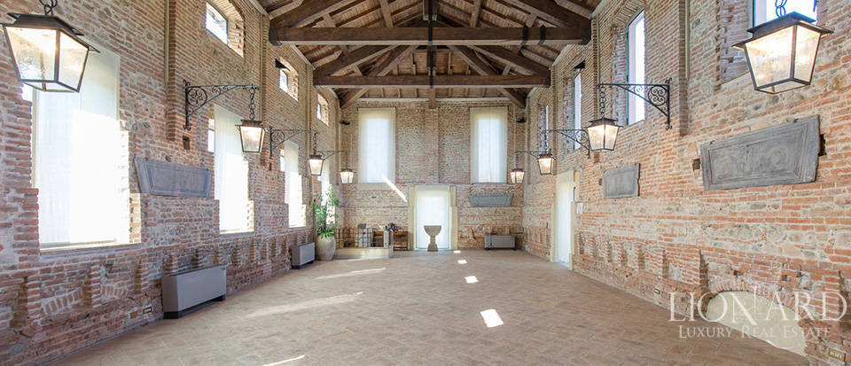 Historical estate for sale in Alessandria Image 11