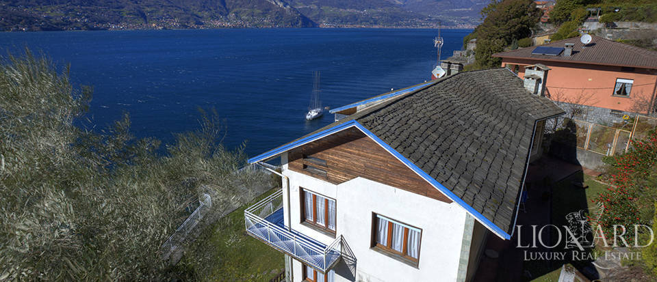 Lake front villa for sale in Como Image 8