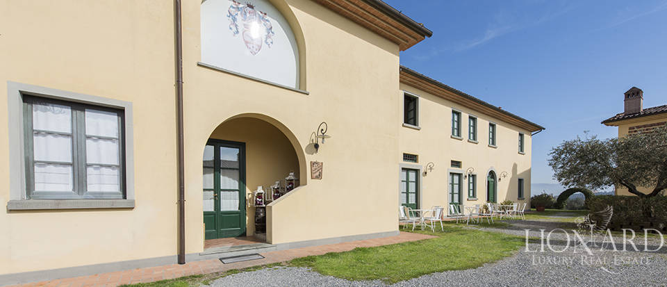Farmhouse for sale in Tuscany Image 15