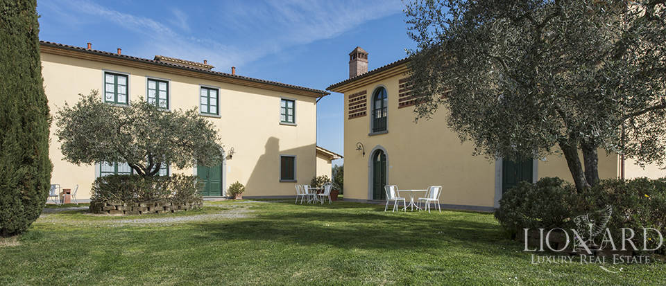 Farmhouse for sale in Tuscany Image 18
