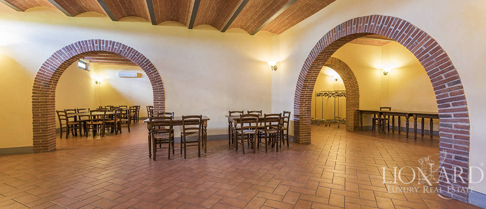 Farmhouse for sale in Tuscany Image 34