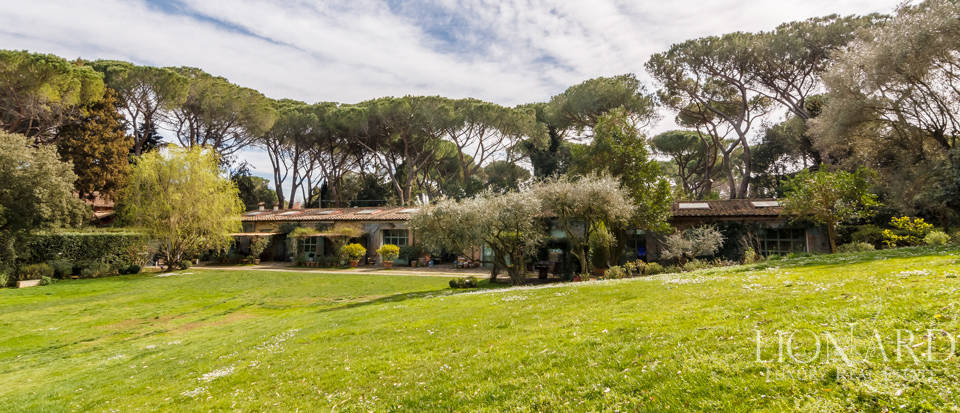 Luxury villa for sale in Rome Image 23