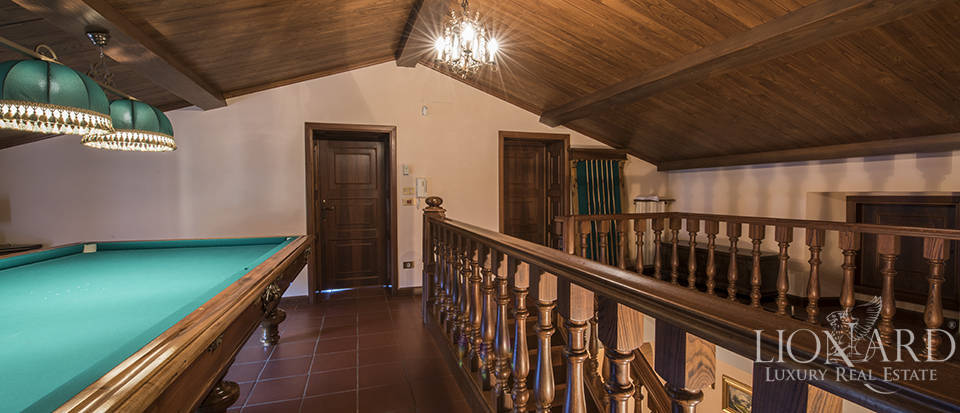 Villa with swimming pool for sale in Arezzo Image 31