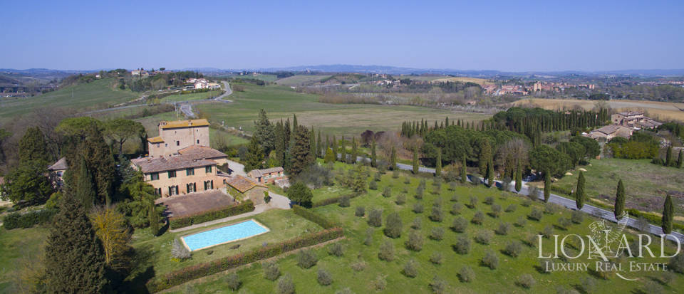 Estate for sale near Siena Image 1