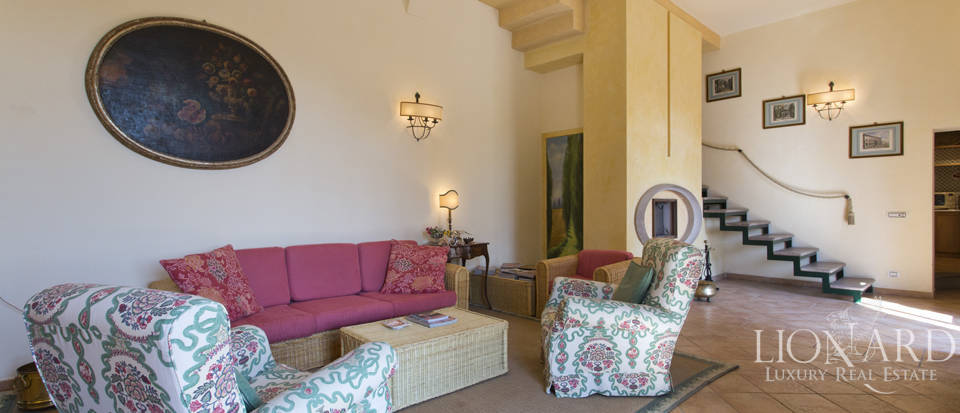 Estate for sale near Siena Image 30