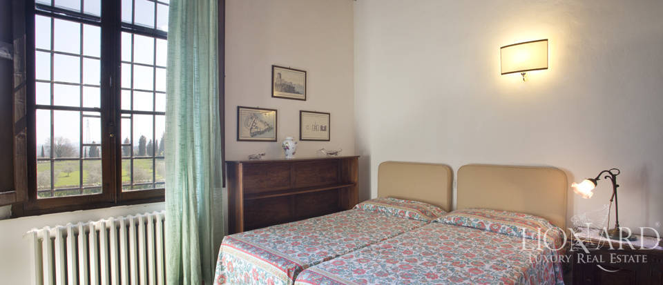 Estate for sale near Siena Image 39