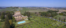 farmhouse for sale on siena s hills