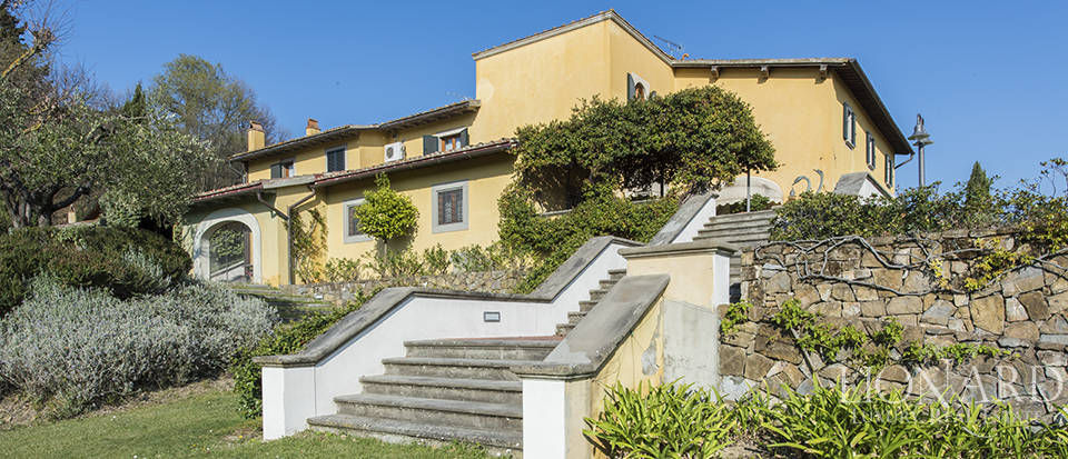 Dream estate in the Tuscan countryside Image 38