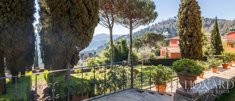Stunning dream villa for sale in Camaiore Image 3
