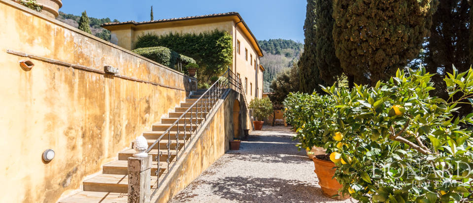 Stunning dream villa for sale in Camaiore Image 8