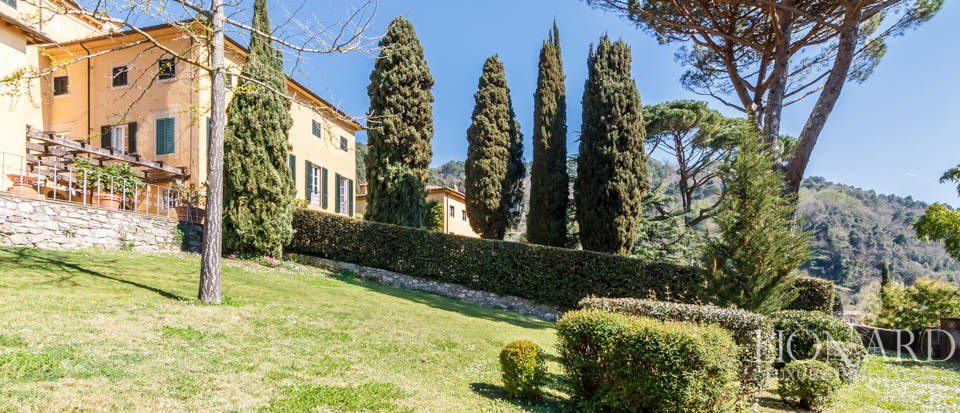 Stunning dream villa for sale in Camaiore Image 13