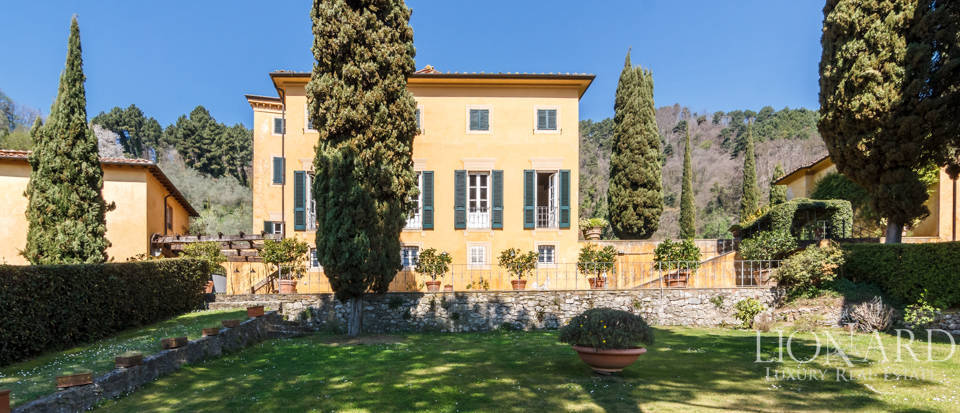 Stunning dream villa for sale in Camaiore Image 14