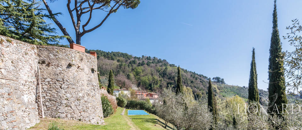 Stunning dream villa for sale in Camaiore Image 19