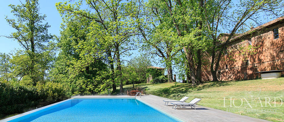 Luxury castle for sale in Piacenza Image 25