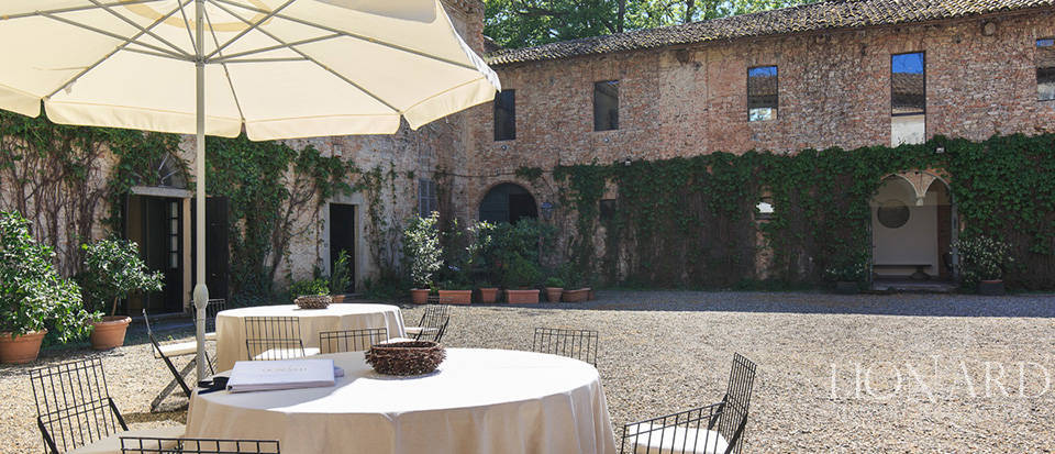 Luxury castle for sale in Piacenza Image 30