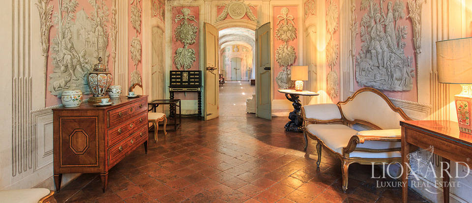 Luxury castle for sale in Piacenza Image 44