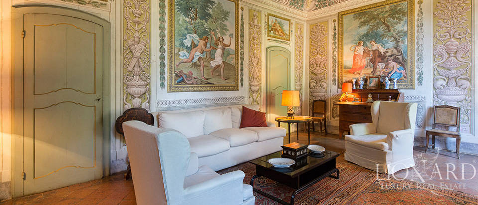 Luxury castle for sale in Piacenza Image 34