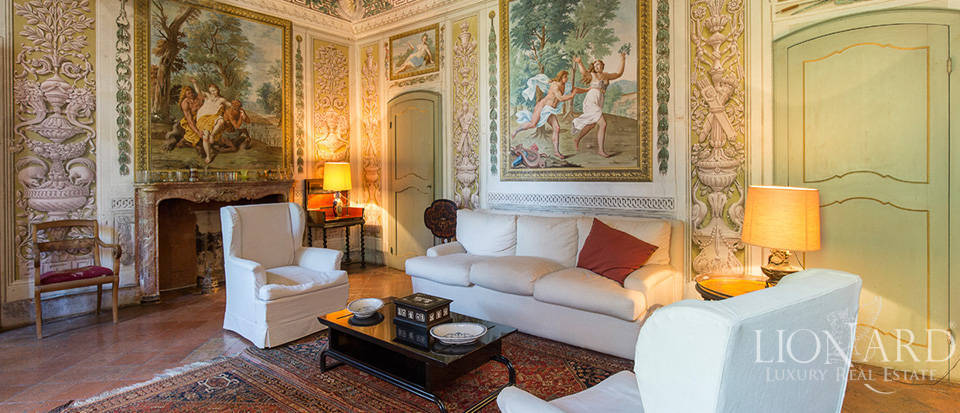 Luxury castle for sale in Piacenza Image 33