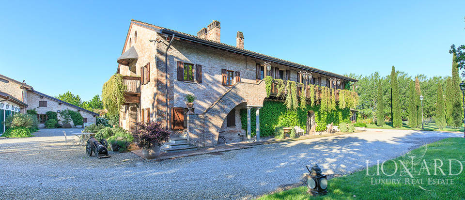 Luxury complex for sale in Piacenza Image 31