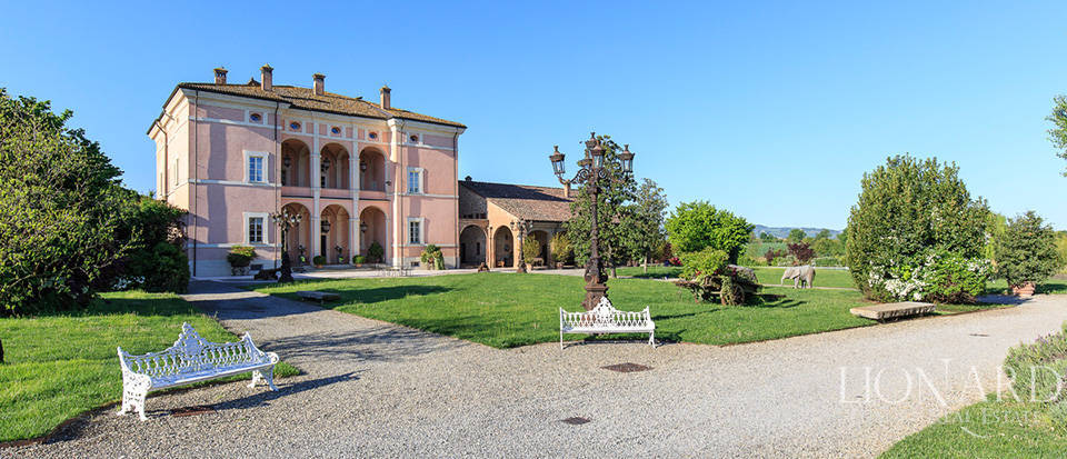 Luxury complex for sale in Piacenza Image 30