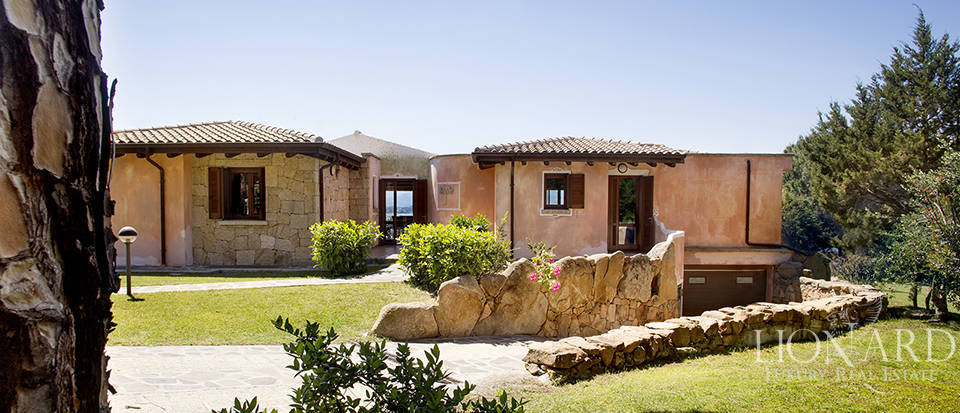 Villa for sale in Sardinia Image 29
