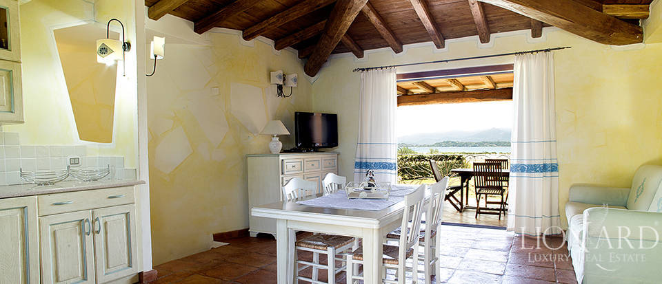 Villa for sale in Sardinia Image 41