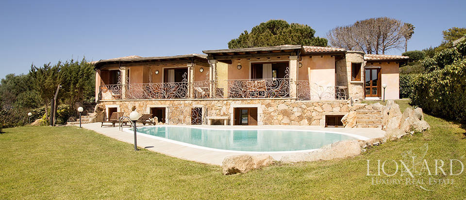 Villa for sale in Sardinia Image 1