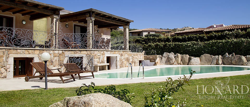 Villa for sale in Sardinia Image 6