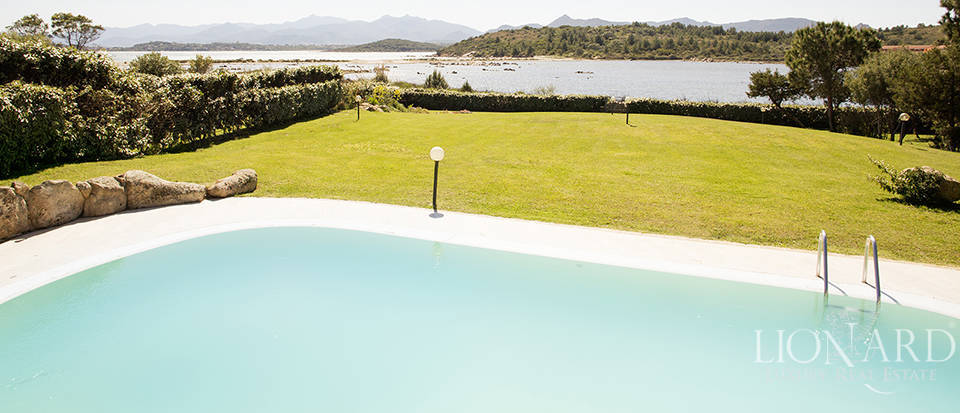 Villa for sale in Sardinia Image 16