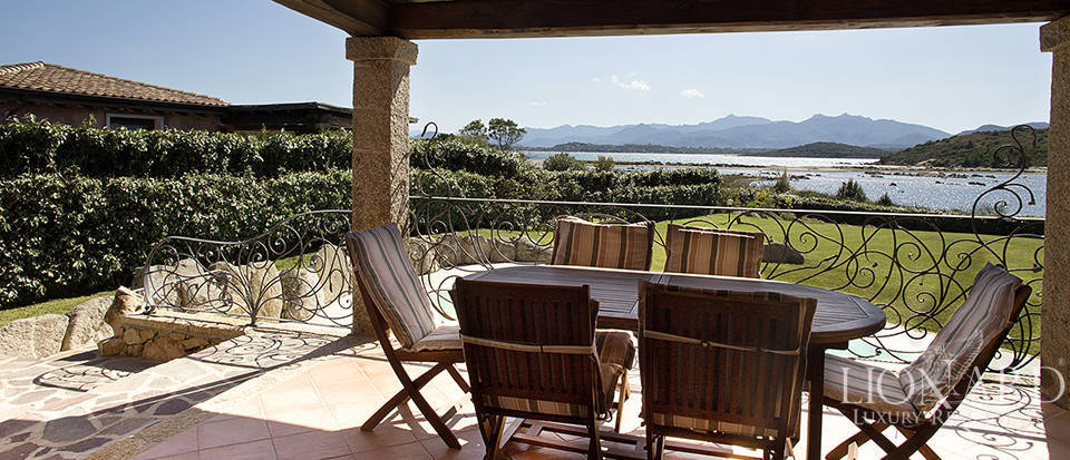 Villa for sale in Sardinia Image 24