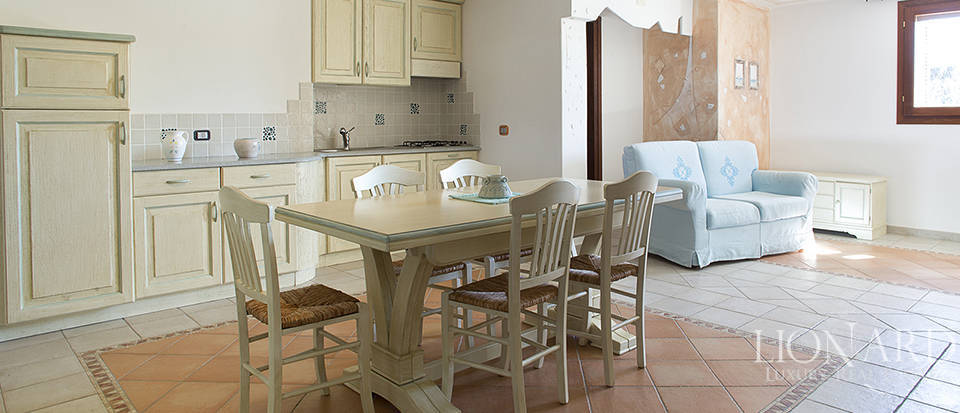 Villa for sale in Sardinia Image 46