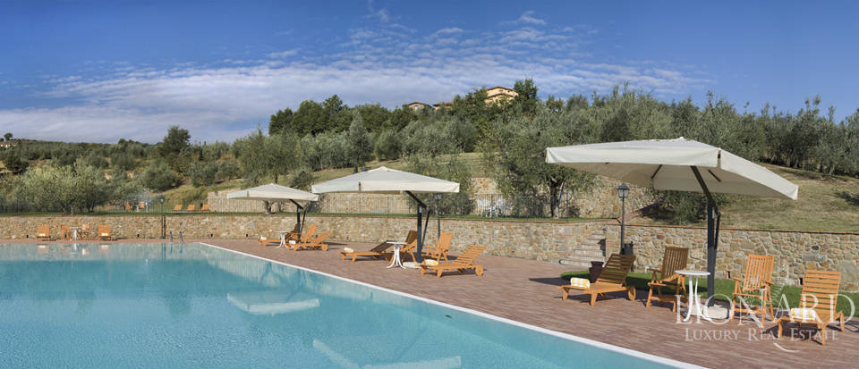 Luxury complex for sale near Arezzo Image 13