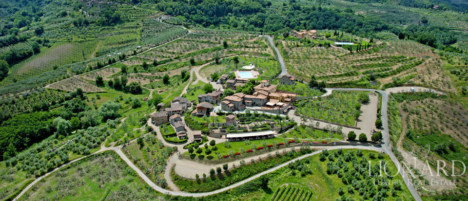 Luxury complex for sale near Arezzo Image 77