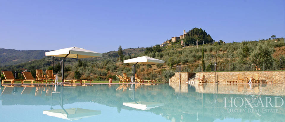 Luxury complex for sale near Arezzo Image 39