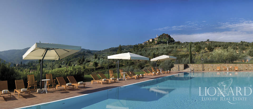 Luxury complex for sale near Arezzo Image 40