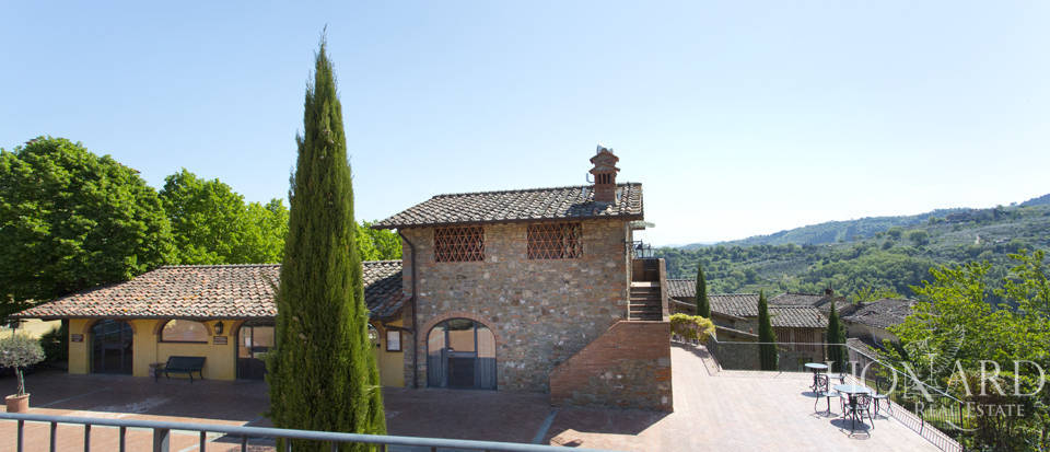 Luxury complex for sale near Arezzo Image 17