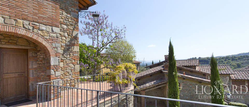 Luxury complex for sale near Arezzo Image 19