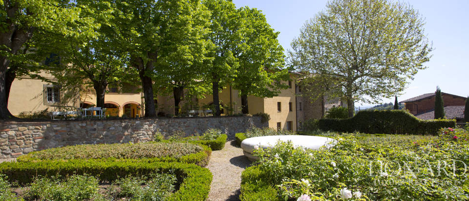 Luxury complex for sale near Arezzo Image 21